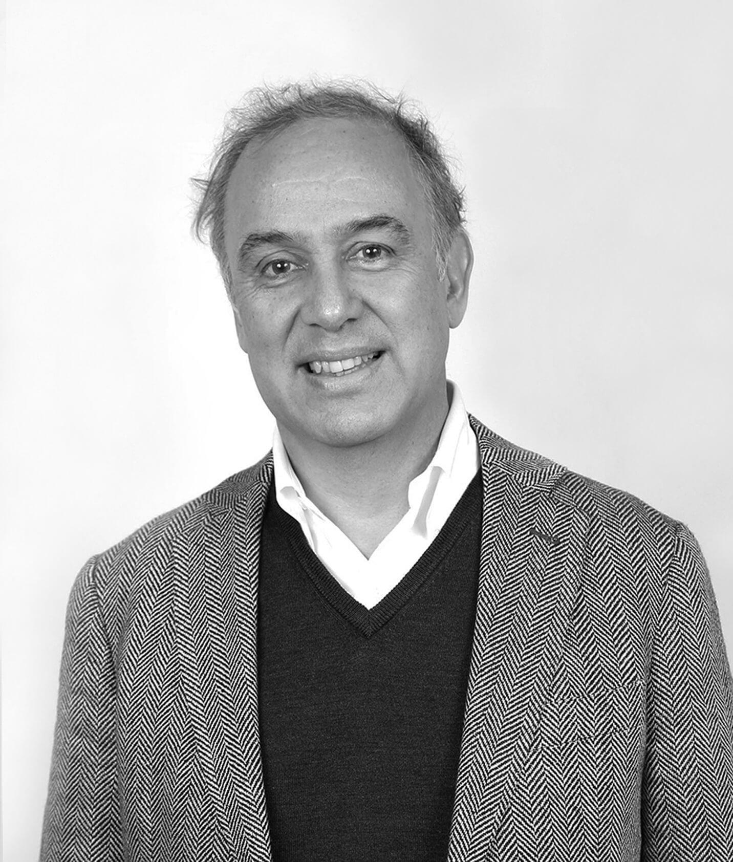 Emilio-Sierpe-Cerrando-Brechas